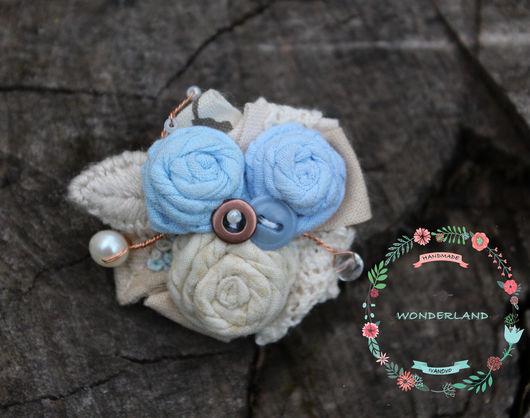 Броши ручной работы. Ярмарка Мастеров - ручная работа. Купить Лен голубой. Handmade. Голубой, текстильная брошь, пуговицы, кружево