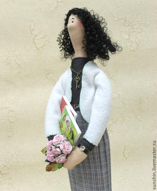 Куклы Тильды ручной работы. Ярмарка Мастеров - ручная работа. Купить Портретная кукла учительница английского. Handmade. Серый