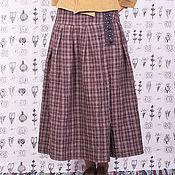 Одежда ручной работы. Ярмарка Мастеров - ручная работа Тёмно-сиреневая льняная юбка в клетку на кокетке. Handmade.
