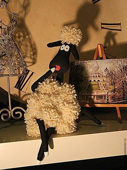 Игрушки животные, ручной работы. Ярмарка Мастеров - ручная работа. Купить Овечка актриса. Handmade. Чёрно-белый, овца, год овцы