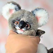 Куклы и игрушки ручной работы. Ярмарка Мастеров - ручная работа Коала Ухуу. Игрушка коллекционная тедди коала хулиган. Handmade.