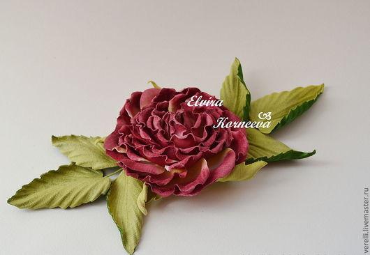 Броши ручной работы. Ярмарка Мастеров - ручная работа. Купить Роза из бархата. Handmade. Бордовый, розы, подарки, цветы из ткани