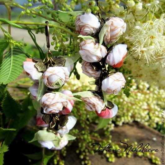 Серьги ручной работы. Ярмарка Мастеров - ручная работа. Купить Серьги с белыми розами. Мелодия лета. Handmade. Белый, подарок