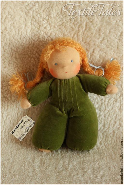 Вальдорфская игрушка ручной работы. Ярмарка Мастеров - ручная работа. Купить Куколка в пришивном комбинезоне (зеленая). Handmade. Вальдорфская кукла