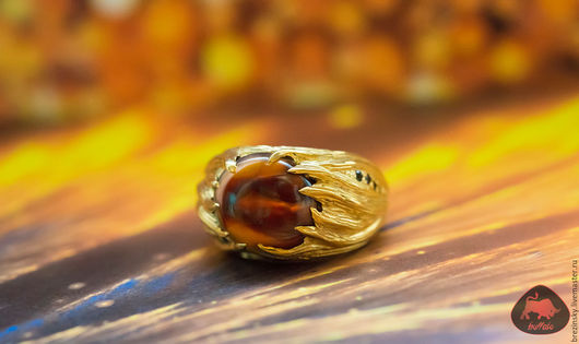 Шикарное кольцо с натуральным мексиканским огненным агатом появилось у нас в продаже! Мы очень любим делать украшения с красивыми и интересными камнями, которые редко можно найти.