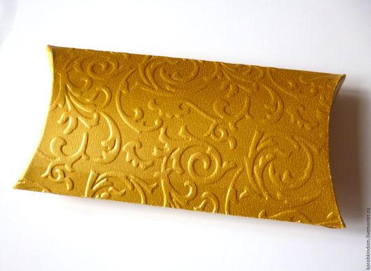 Свадебные аксессуары ручной работы. Ярмарка Мастеров - ручная работа. Купить Бонбоньерка 12х6,5 см с растительным узором золотая. Handmade.