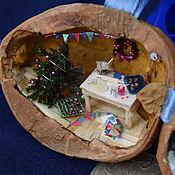 Подарки к праздникам ручной работы. Ярмарка Мастеров - ручная работа Новый год в орешке - микротюра на ёлку. Handmade.