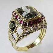 Кольцо с турмалином, рубинами,сапфирами и бриллиантами, золото 585
