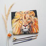 Мужская одежда handmade. Livemaster - original item T-Shirt Lion. Handmade.