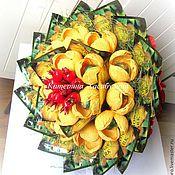 Подарки к праздникам ручной работы. Ярмарка Мастеров - ручная работа Конфетно-чайный букет. Handmade.
