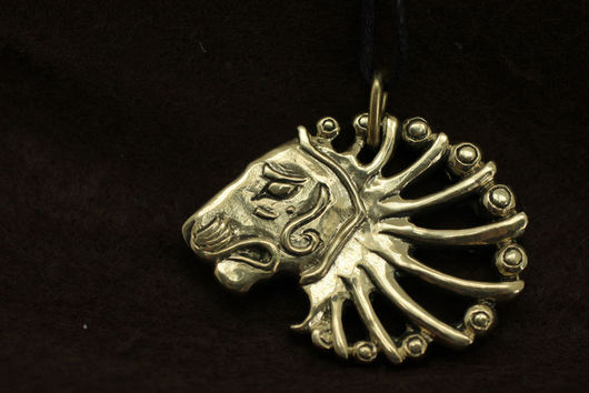 Кулоны, подвески ручной работы. Ярмарка Мастеров - ручная работа. Купить Кулон Лев Античный, голова льва. Handmade. Коричневый