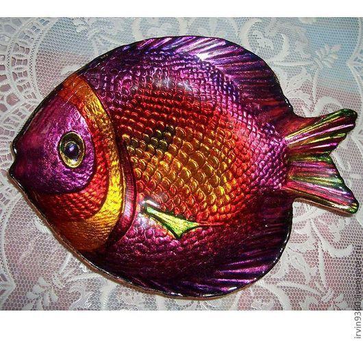 """Тарелки ручной работы. Ярмарка Мастеров - ручная работа. Купить тарелка """"Почти Золотая рыбка"""". Handmade. Тарелка, рыбка, Пасха"""