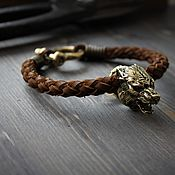 Украшения handmade. Livemaster - original item Leather bracelet made of genuine leather and bronze wolf. Handmade.