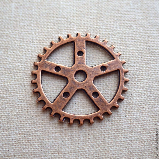 Фурнитура для создания украшений - подвеска коннектор шестеренка декоративная. Шестеренку можно использовать как коннектор для создания украшений кулонов, браслетов, серег, брошей, брелоков