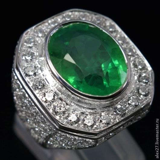 Кольцо изумруд (11,80 карат) сапфир 17,1 серебро 925