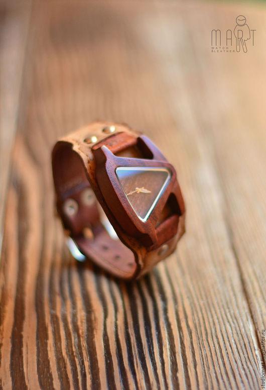 Часы ручной работы. Ярмарка Мастеров - ручная работа. Купить Деревянные часы на деревянной коже Madeira. Handmade. Коричневый, эко