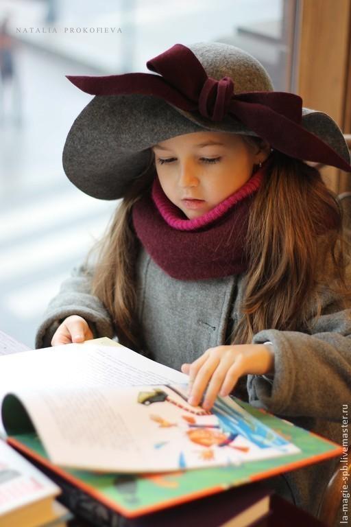 """Шляпы ручной работы. Ярмарка Мастеров - ручная работа. Купить Детская широкополая шляпа """"J'aime lire"""" (Люблю читать). Handmade."""