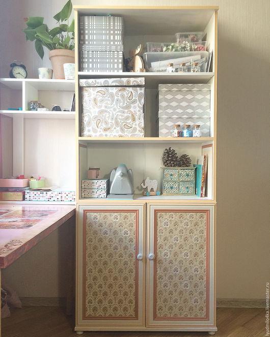 Декор поверхностей ручной работы. Ярмарка Мастеров - ручная работа. Купить Перекраска темного шкафа в белый с декором в виде цветов. Handmade.