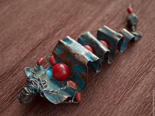 Комплекты украшений ручной работы. Ярмарка Мастеров - ручная работа. Купить РАСПРОДАЖА: КОРАЛЛИУМ, комплект из меди с кораллом, модерн. Handmade.