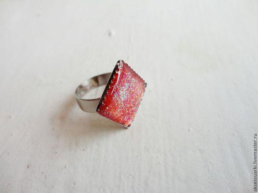 Кольца ручной работы. Ярмарка Мастеров - ручная работа. Купить Красное кольцо безразмерное в форме ромба. Handmade. Коралловый