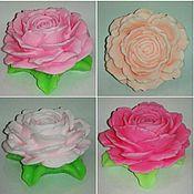 """Косметика ручной работы. Ярмарка Мастеров - ручная работа мыло ручной работы"""" роза на листьях"""". Handmade."""