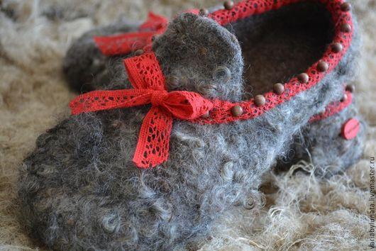 """Обувь ручной работы. Ярмарка Мастеров - ручная работа. Купить Валяные тапочки """"Steps to the Christmas"""". Handmade. Серый"""