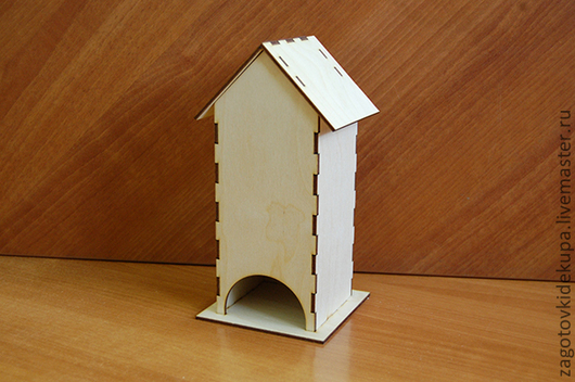 Чайный домик (продается в разоранном виде на палетке) Размеры:  габарит - 11х11х22 см домик - 8,5х8,5х21,5 см,  подставки 11х11 см Материал: фанера 3 мм