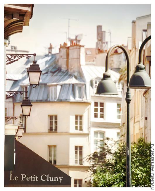 Париж Фотокартина для интерьера - вид Парижа «Le Petit Cluny» в светлых пастельных тонах - архитектура старого города. © Ануфриева Елена