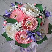 Колокольчики и белые розы. Букет из конфет