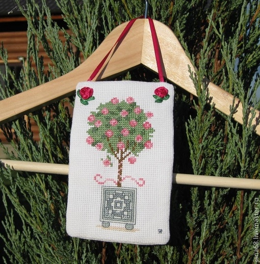 """Подвески ручной работы. Ярмарка Мастеров - ручная работа. Купить Мешочек для саше """"Розовое дерево"""". Handmade. Саше с вышивкой, бязь"""