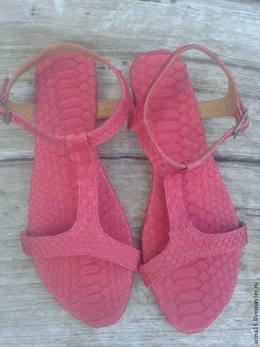Обувь ручной работы. Ярмарка Мастеров - ручная работа. Купить Сандалии из питона. Handmade. Коралловый, сандалии ручной работы, босоножки
