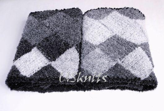 Вязаный шарф-снуд `Черно-белое кино` Авторская работа