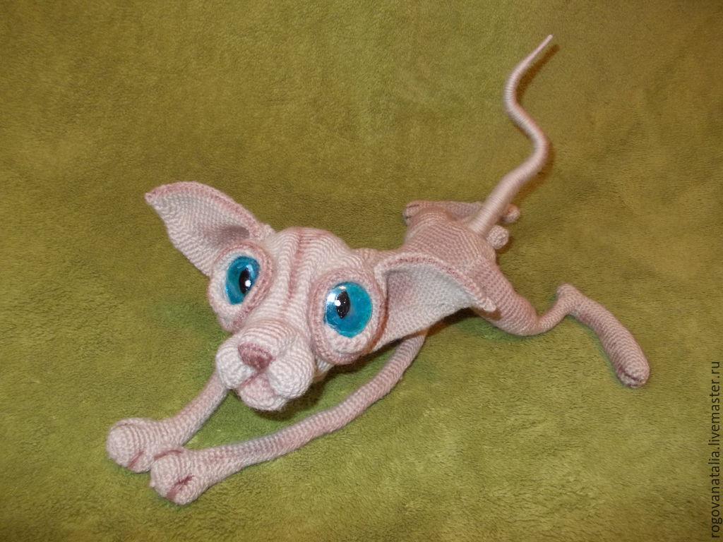 Вязать кошкам сфинксам