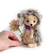 Мягкие игрушки ручной работы. Ярмарка Мастеров - ручная работа Вязаная игрушка Ёжик с одуванчиком. Handmade.