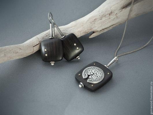 Серьги ручной работы. Ярмарка Мастеров - ручная работа. Купить Серьги из черного дерева и серебра с латунными шариками. Handmade. Черный