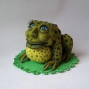 Куклы и игрушки ручной работы. Ярмарка Мастеров - ручная работа войлочный жаб Жак дэ Квак. Handmade.