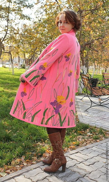 """Верхняя одежда ручной работы. Ярмарка Мастеров - ручная работа. Купить Вязаное пальто """"Яркие ирисы"""". Handmade. Розовый"""