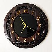 Для дома и интерьера handmade. Livemaster - original item Round wall clock made of wood and glass. Handmade.
