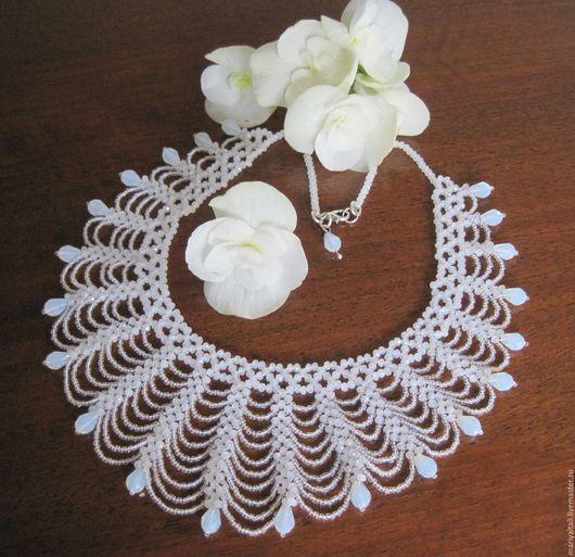 Свадебные украшения ручной работы. Ярмарка Мастеров - ручная работа. Купить Ожерелье из бисера Свадебное. Handmade. Белый, кристаллы