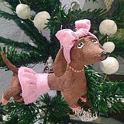 Куклы и игрушки ручной работы. Ярмарка Мастеров - ручная работа Ватная ёлочная игрушка Собака- символ наступающего Нового года.. Handmade.