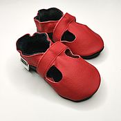 Одежда детская handmade. Livemaster - original item Leather Baby Shoes, Red Sandals Soft Sole, Baby Moccasins, Ebooba. Handmade.