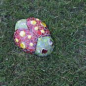 """Для дома и интерьера ручной работы. Ярмарка Мастеров - ручная работа Мозаичная скульптура """"Жучок""""-. Handmade."""