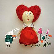 Куклы и игрушки ручной работы. Ярмарка Мастеров - ручная работа Мини кукла. Красная королева. Handmade.