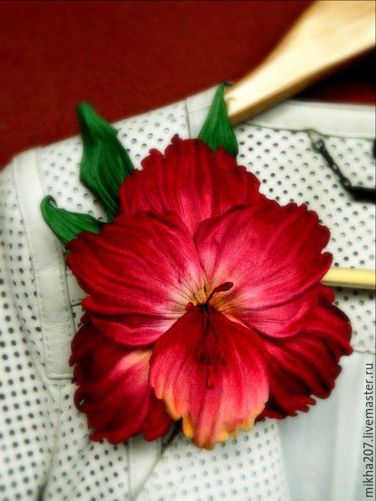 """Цветы ручной работы. Ярмарка Мастеров - ручная работа. Купить Гладиолус """"Кардинал"""" из японского бархата.. Handmade. Бордовый, украшение для волос"""