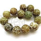 Материалы для творчества ручной работы. Ярмарка Мастеров - ручная работа Нефрит резной 13 камней набор оливковый бусины с орнаментом 12 мм. Handmade.