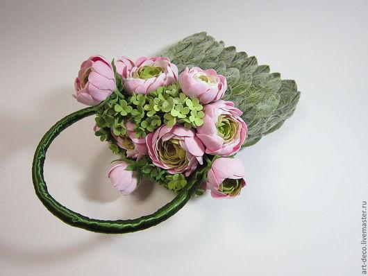 Свадебные цветы ручной работы. Ярмарка Мастеров - ручная работа. Купить Сумка для невесты с лютиками (с ранункулюсами). Handmade. ранкнкулюсы