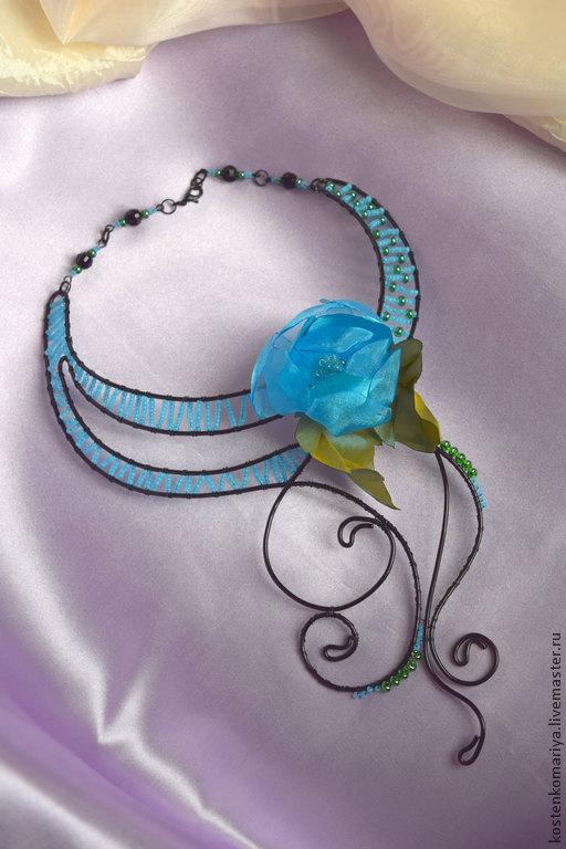 Колье, бусы ручной работы. Ярмарка Мастеров - ручная работа. Купить Голубое счастье. Колье. Колье под шею. Колье с цветком. Handmade.