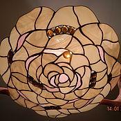 """Для дома и интерьера ручной работы. Ярмарка Мастеров - ручная работа Потолочный  витражный плафон """"Кремовая роза"""". Handmade."""