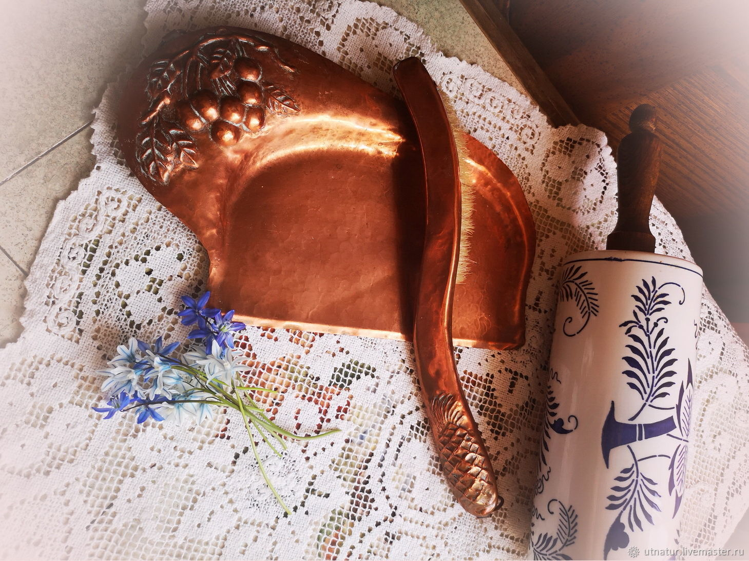 Винтаж: Медный аксессуар 1930-х гг для уборки стола, Винтажная кухонная утварь, Стокгольм, Фото №1