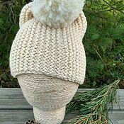 Аксессуары ручной работы. Ярмарка Мастеров - ручная работа Белая шапка с помпоном. Handmade.
